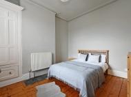 101 Club Garden - bed 2.jpg