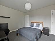 38 Hobart Street - bed 2..jpg