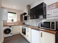 38 Hobart Street - kitchen 2.jpg