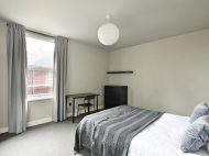 38 Hobart Street - bed 2.jpg